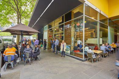 Collins Corner Retail – 620 Collins Street Melbourne